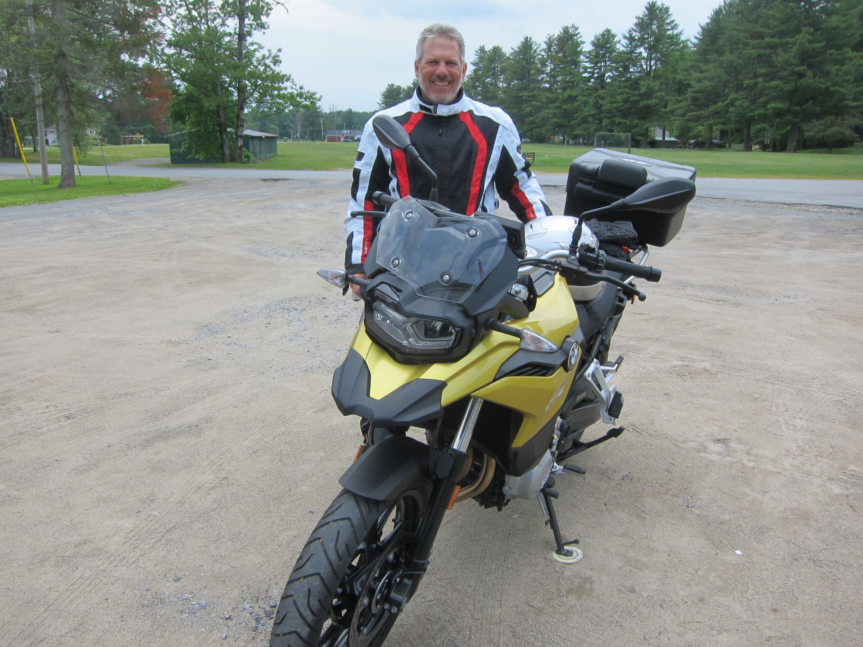 Motorcycle review – BMW F750GS – Big Apple Motorcycle School